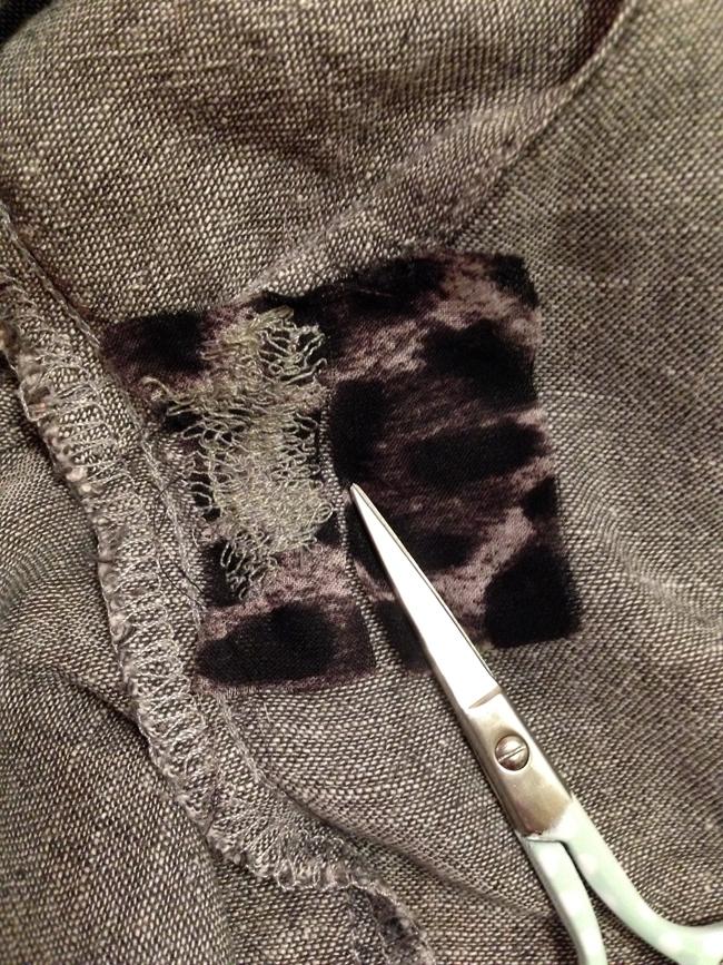 Деликатная штопка: как сделать заплатку спомощью швейной машинки